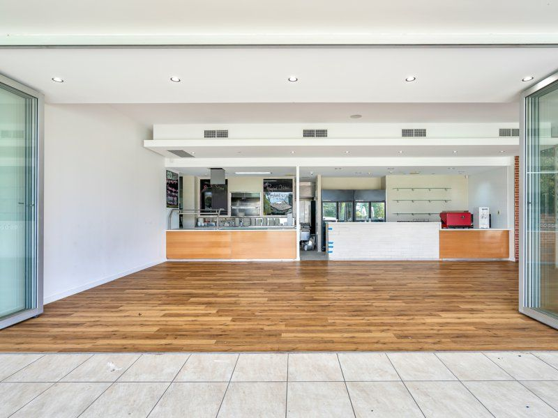 The Perfect Combination Of Location & Space For Your Dream Family Restaurant/Cafe.