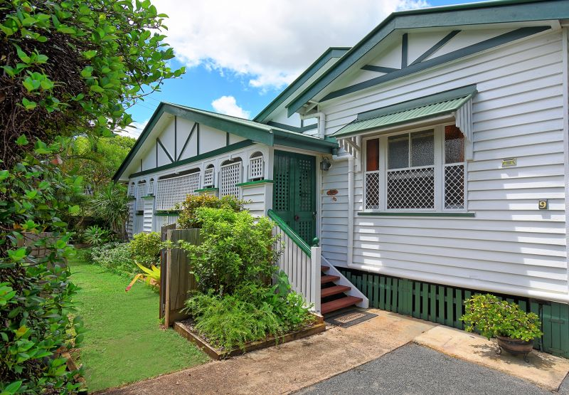 Original Queenslander in hinterland location