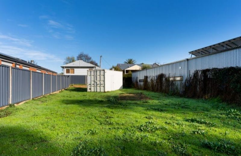 For Sale By Owner: 22A Farran Street, Castlemaine, VIC 3450