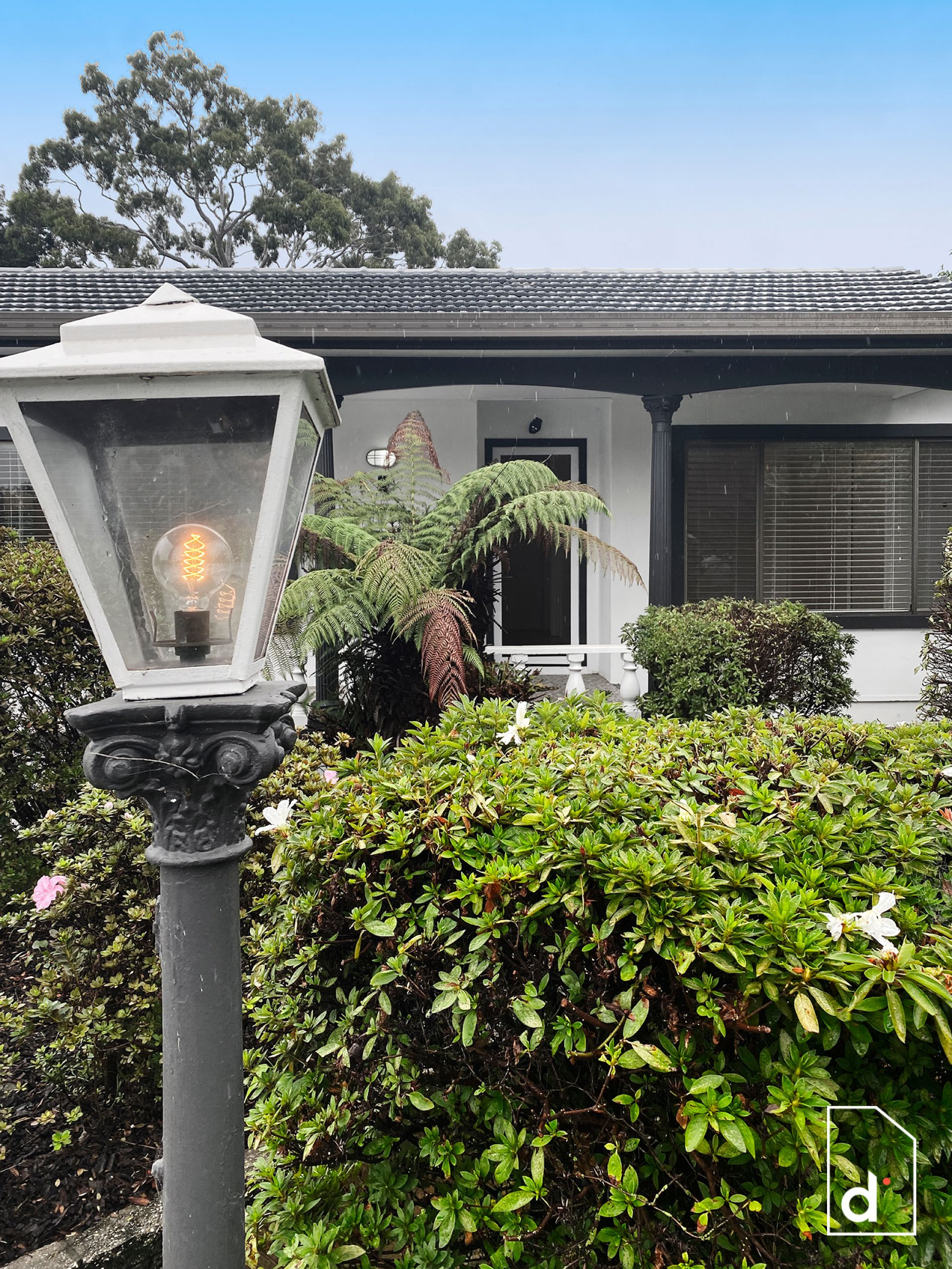 2 Pooraka Avenue, West Wollongong NSW