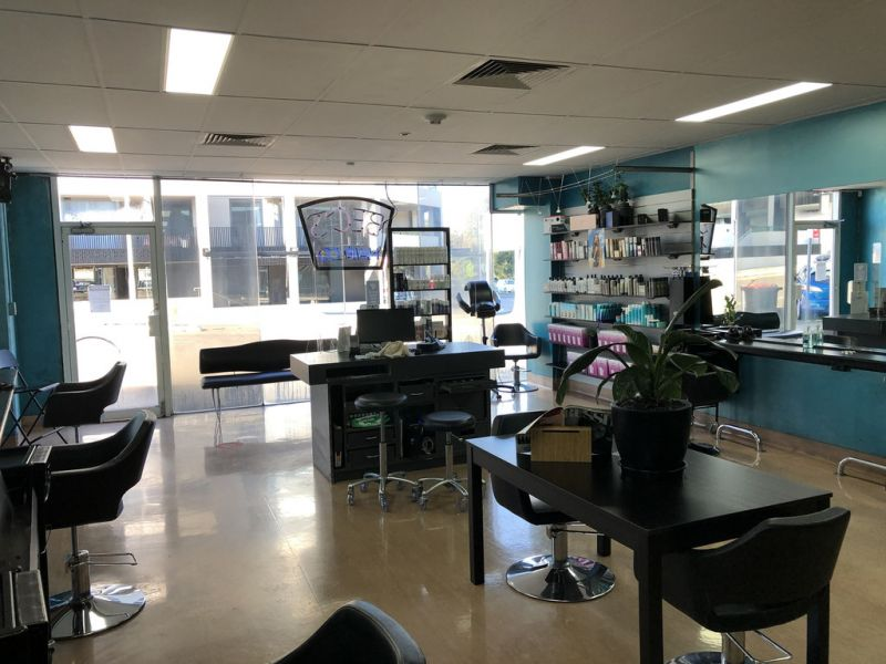 EXISTING HAIR SALON FIT OUT OPPOSITE THE LAKE!