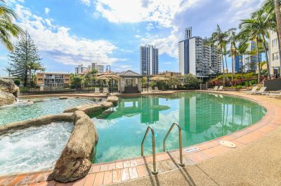 Picture Perfect 1 Bedroom  Riverfront Resort