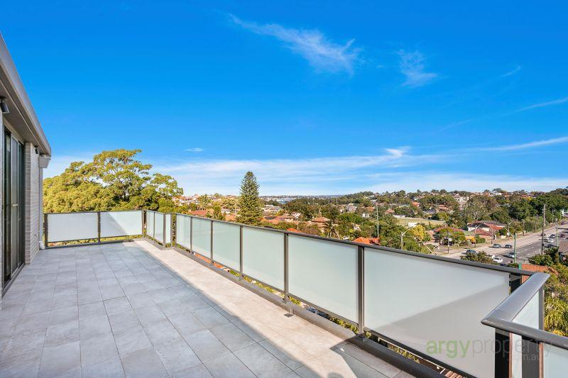 New & Gorgeous Penthouse