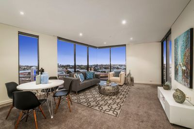 Yarra's Edge Excellence with Harbour Vistas! *Book now for your private inspection or video/Facetime tour*