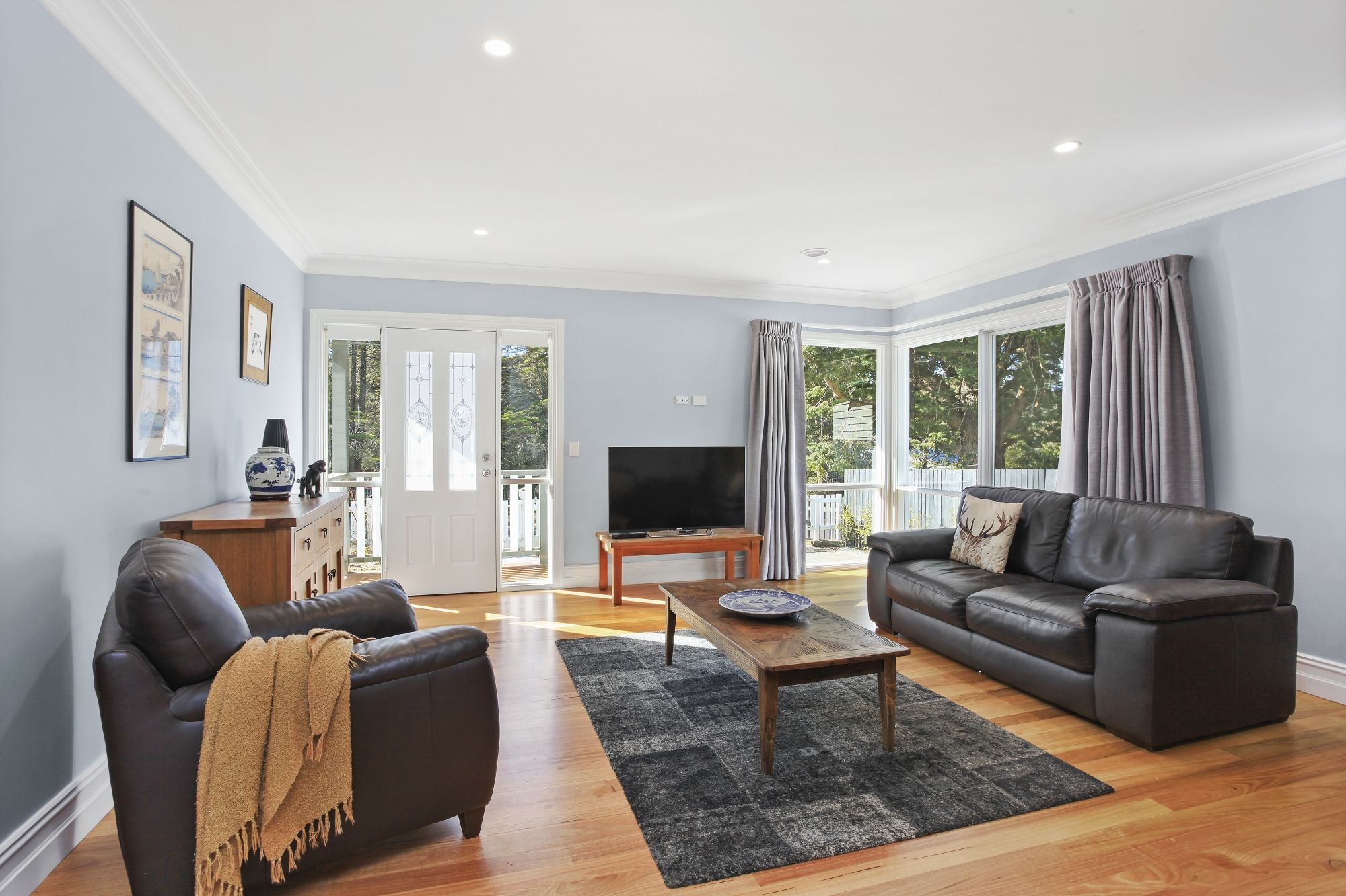 10 Backhouse Street Wentworth Falls 2782