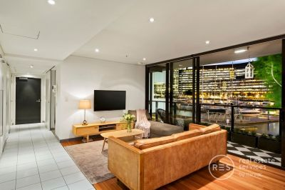 Podium Apartment with Low Owner's Corporate Fees