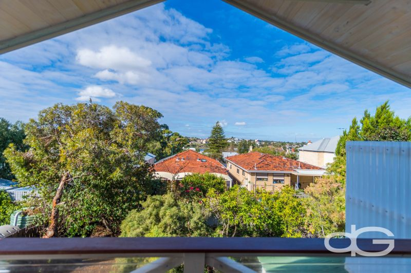 11 Higham Road, North Fremantle