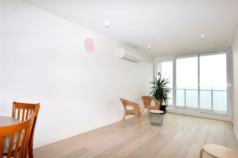 Stunning Two Bedroom Apartment in Right in the Heart of South Yarra!