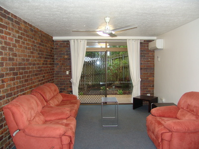 Air Conditioned Centrally Located Apartment in Indooroopilly - Furnished