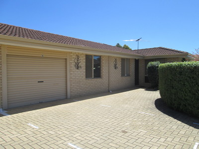 3 BEDROOM PRIVATE REAR UNIT