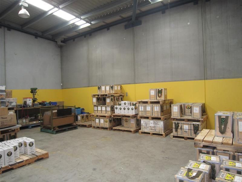 WAREHOUSING & OFFICES