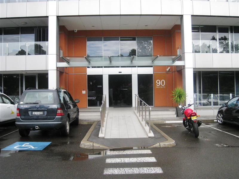 PROFESSIONAL COMMERCIAL OFFICE - SOLD