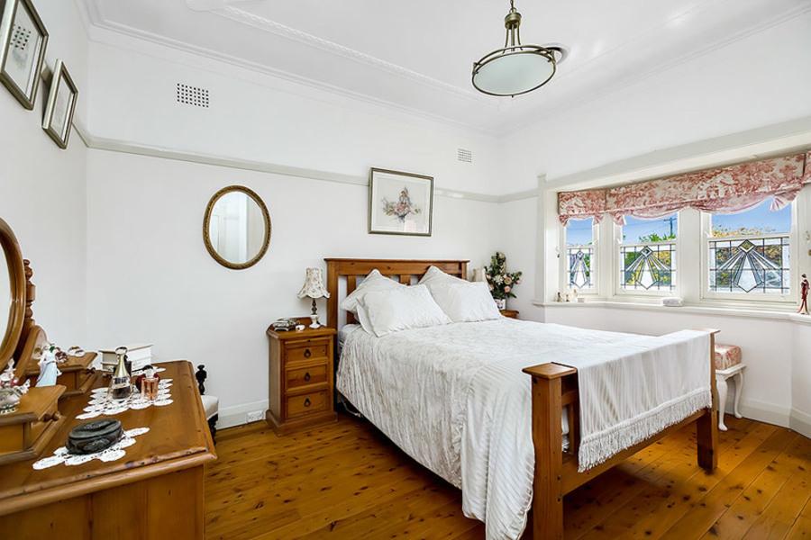 Rent Room Elphinstone