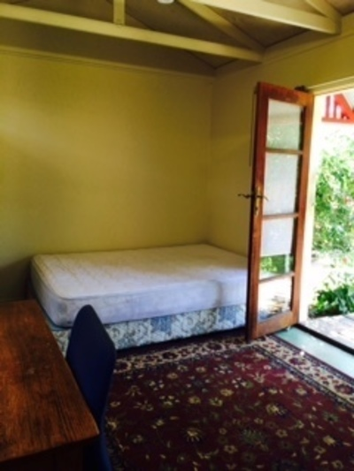 Fully Furnished Bungalow In Fabulous Westgarth Location