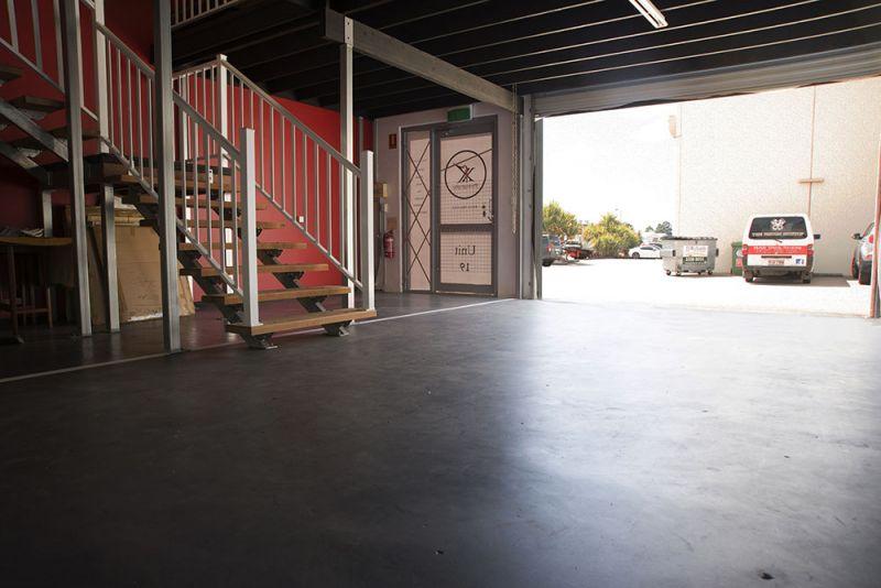 118m2 Modern Tilt Panel Warehouse