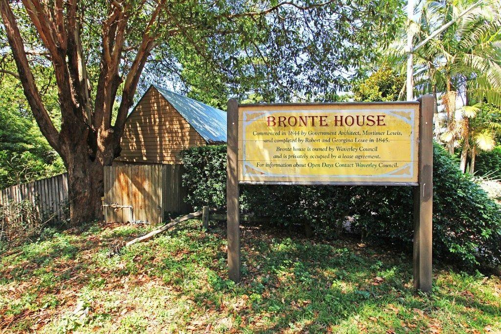 470 Bronte Road, Bronte