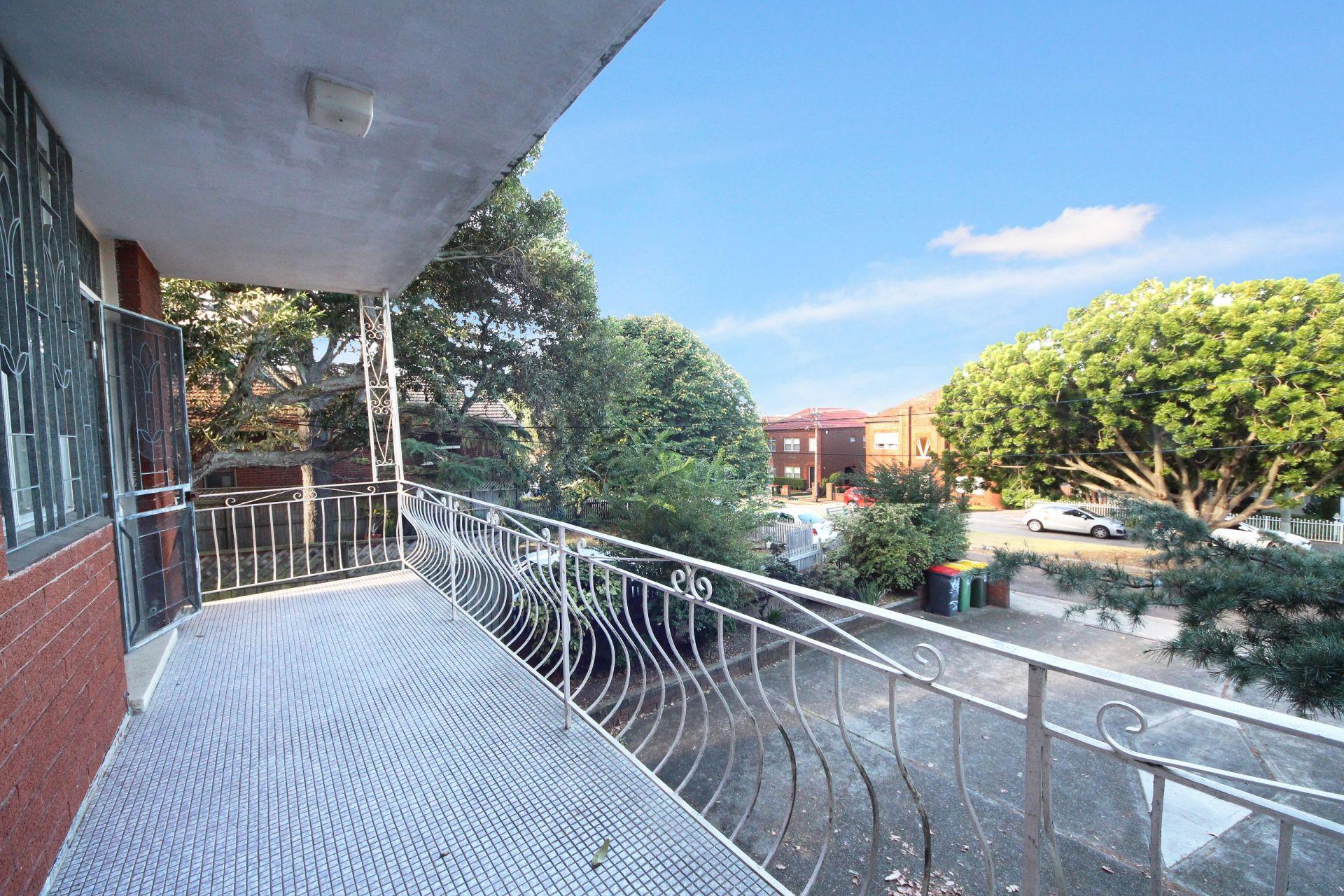 1/152 Edwin Street, Croydon NSW