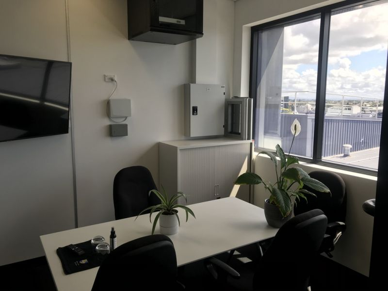 Professional Office Space in North Lakes