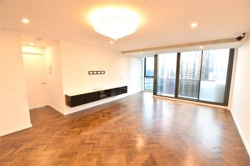 Southbank Grand: 37th Floor - Three Bedroom Apartment with Stunning Views!