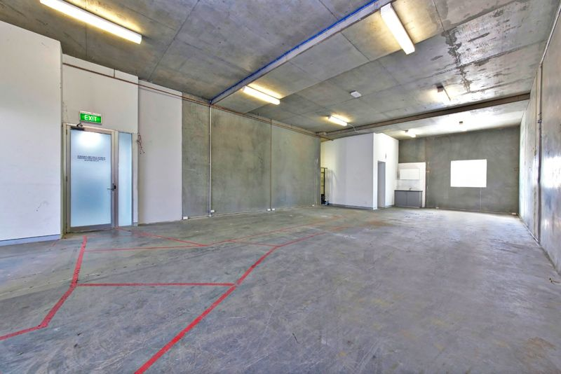 CORPORATE BUSINESS UNIT FOR LEASE