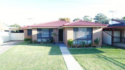 PLUMPTON, NSW 2761