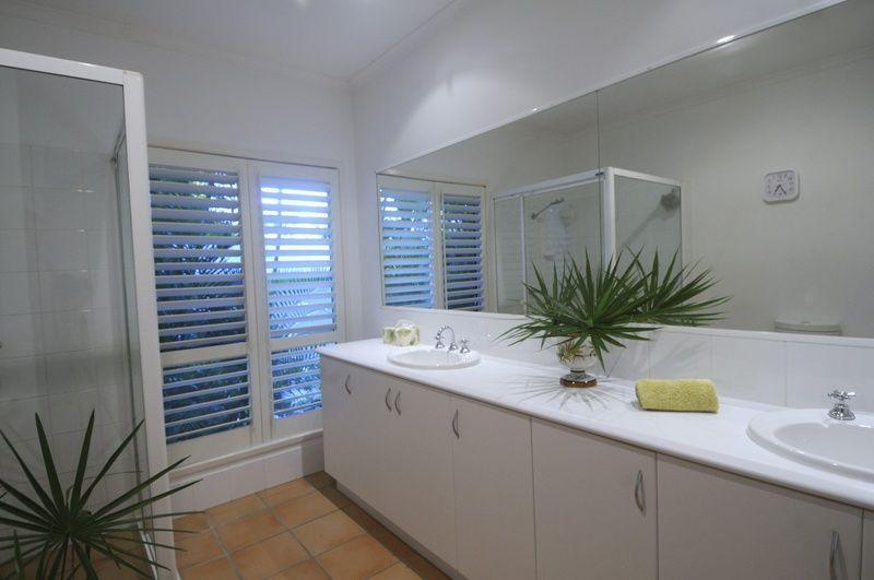 37 Kingsgate Drive, Tinbeerwah QLD 4563