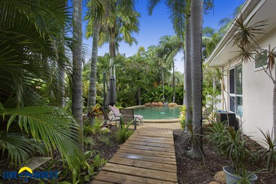LOOKING FOR THAT BIT OF EXTRA CLASS ? TROPICAL OASIS AND POOL $365,000
