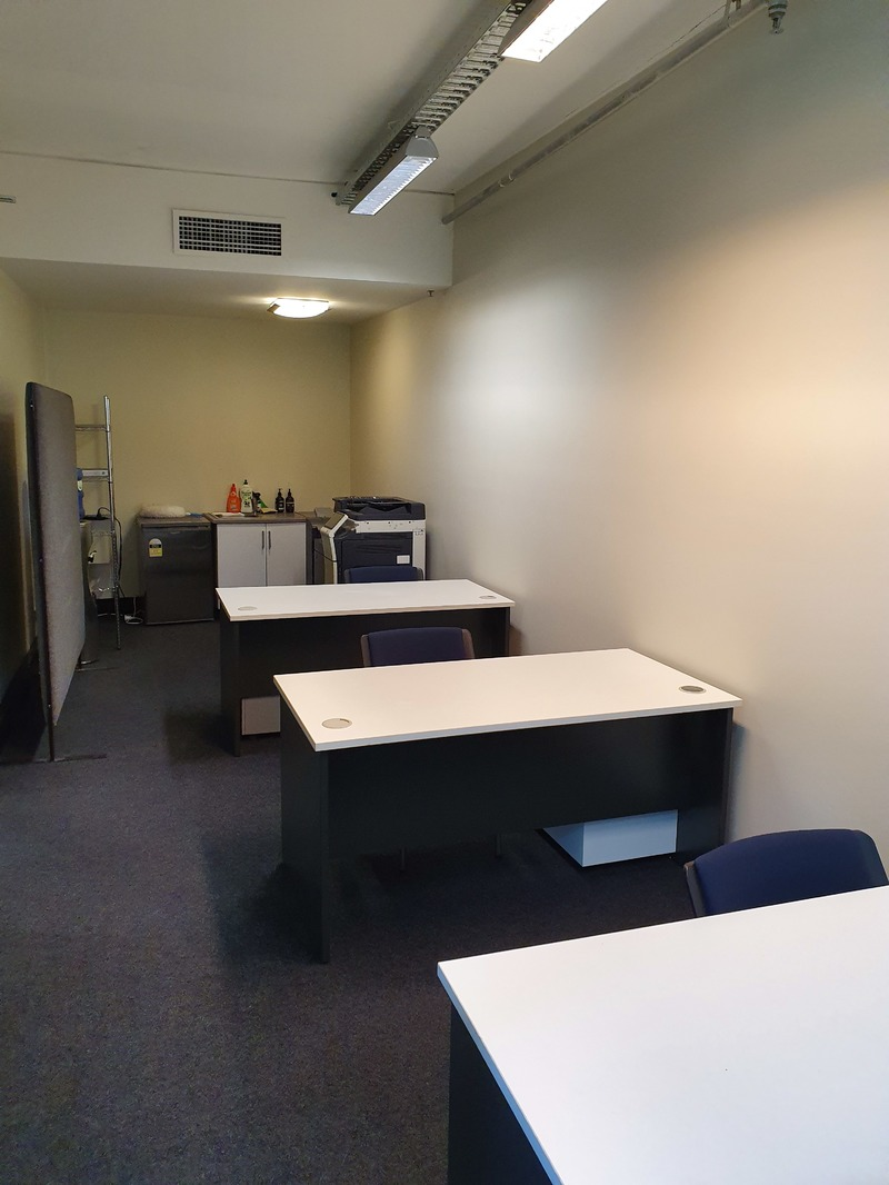 Small office in prime ground floor position