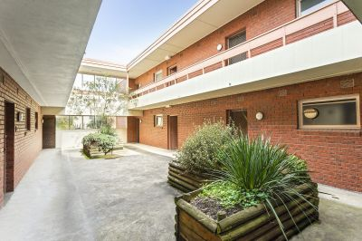 6/1146 Whitehorse Road, BOX HILL