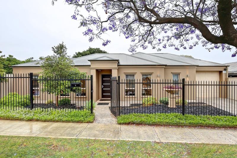 Stylish & Executive Courtyard Villa