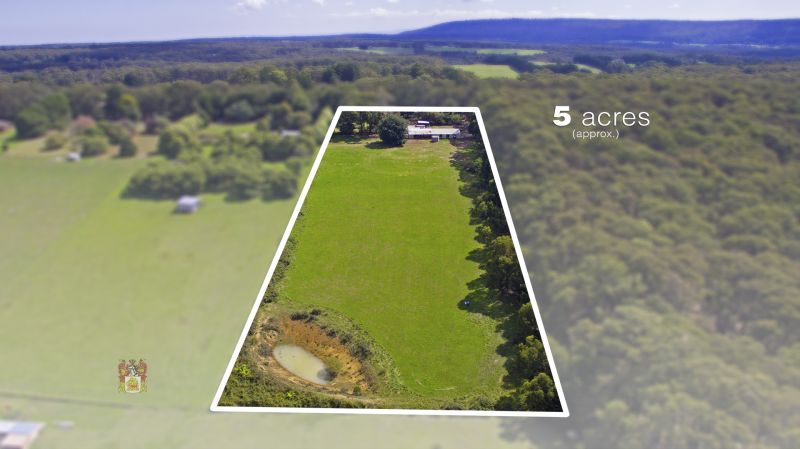 EXCEPTIONAL RURAL PROPERTY - 5 ACRE VIEWS