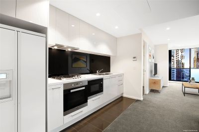 Stunning One Bedroom Apartment with Fantastic Facilities in Southbank Central!