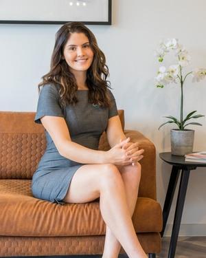 Olivia Hinz Real Estate Agent