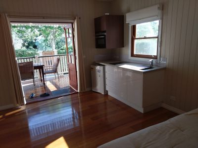 Centrally located Studio - Close to Transport