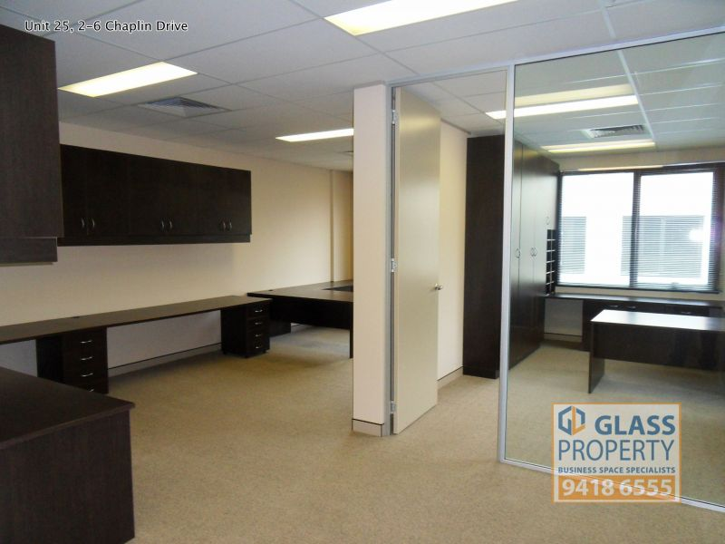 Modern Office & Technical/Storage Unit with Fitout- 161m2