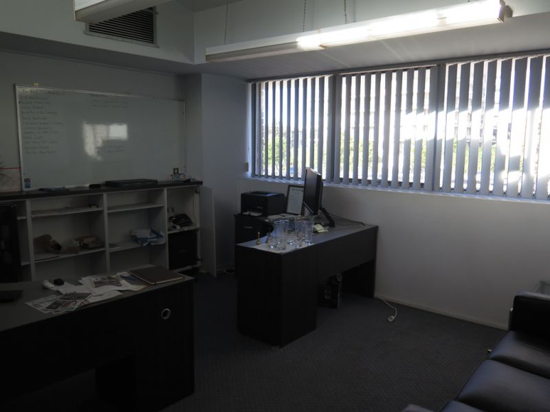 Furnished office - ocean glimpses