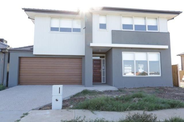 Brand New Double Storey 5 Bedroom House in a Great Location with a Lifestyle to Enjoy!