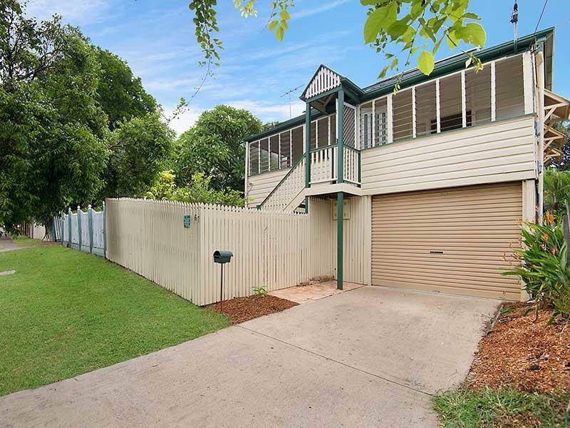 Family Home in the Heart of Kelvin Grove