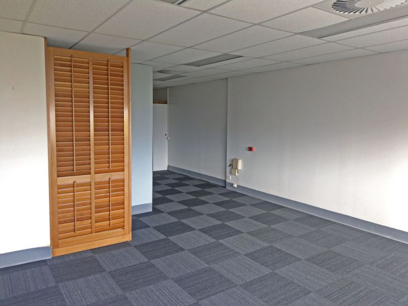 Well Presented, Boutique Office