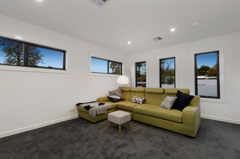 2/50 Loretto Avenue, Ferntree Gully