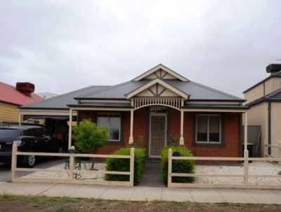 Perfect Location in a popular pocket of Caroline Springs