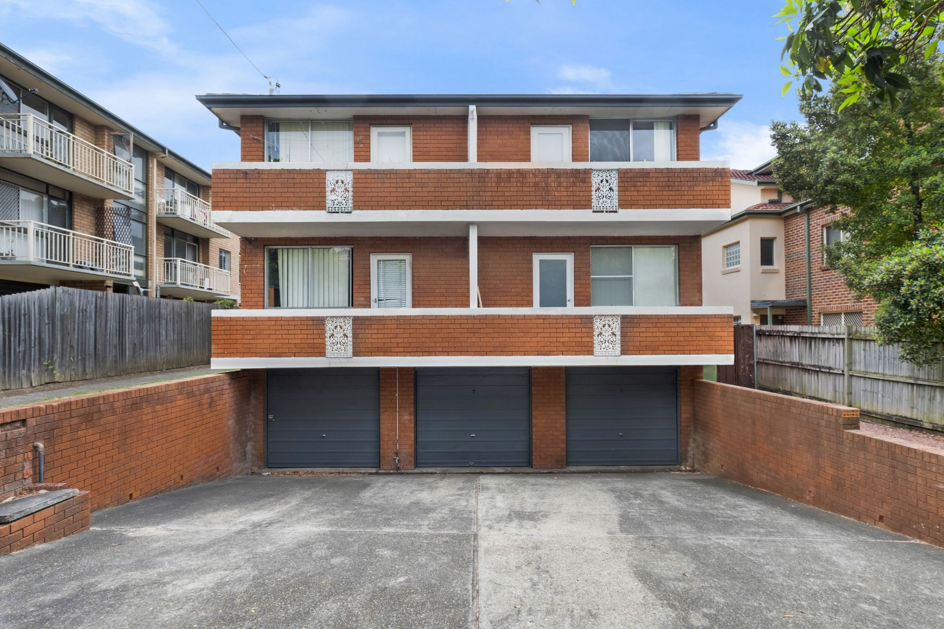 2/7 Hornsey Road, Homebush West