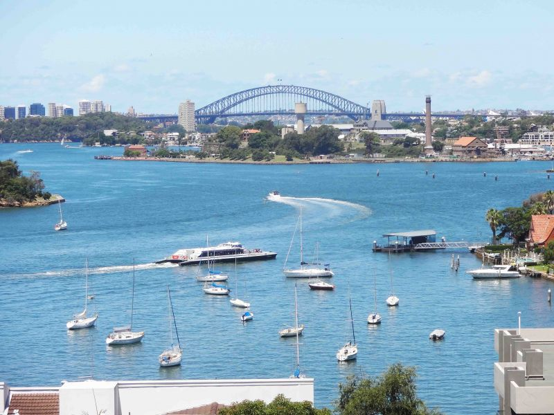 BE ENTHRALLED BY AN EXQUISITE HARBOUR PANORMA