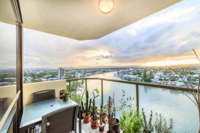 Stunning 132sqm Absolute Riverfront