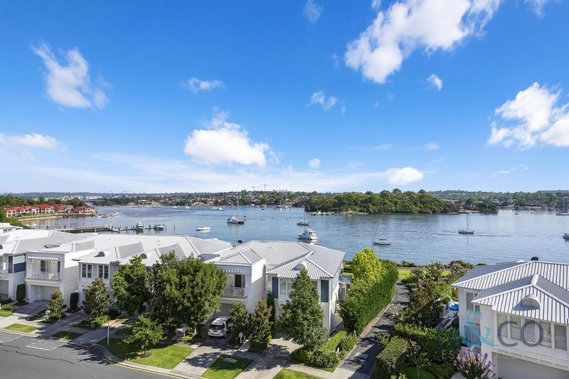 Brand new luxury residence with stunning harbour views
