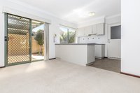Well kept villa offering spacious open plan living and a great alfresco