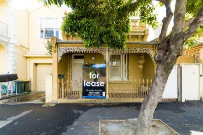 Renovated 2 Bedroom Single Fronted Terrance.