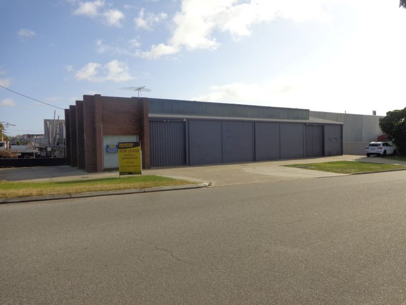 FUNCTIONAL OFFICE / WAREHOUSE IN PRIME OSBORNE PARK LOCATION