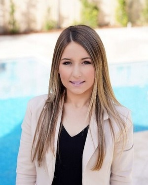 Daniela Sanna real estate agent