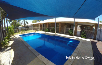 NEWLY RENOVATED 4x2, LARGE POOL & ENTERTAINMENT AREA